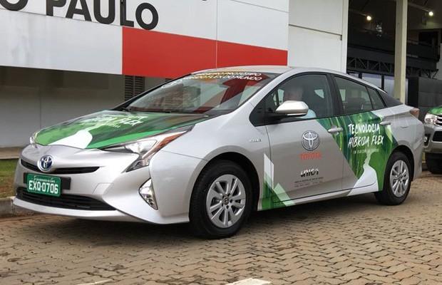 Novo Toyota Corolla híbrido está fazendo sucesso nas vendas.