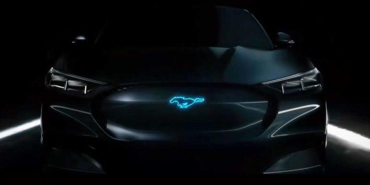 Primeiro carro elétrico da Ford está sendo produzido.