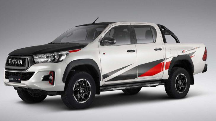 Nova versão da Toyota Hilux com motor V6 virá ao Brasil em fevereiro de 2020.
