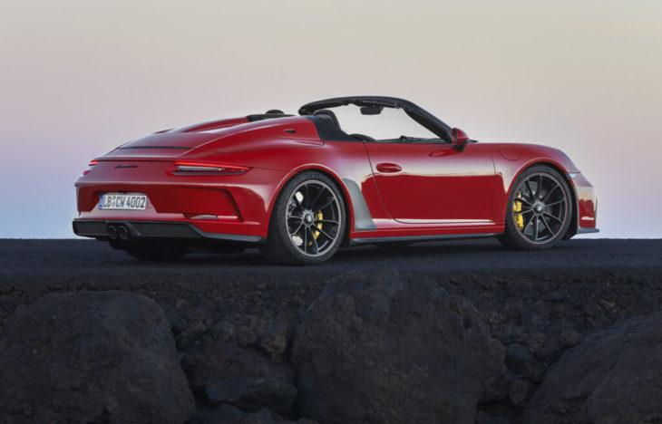 Novo modelo do Porsche 911 é esportivo e se chama Speedster.