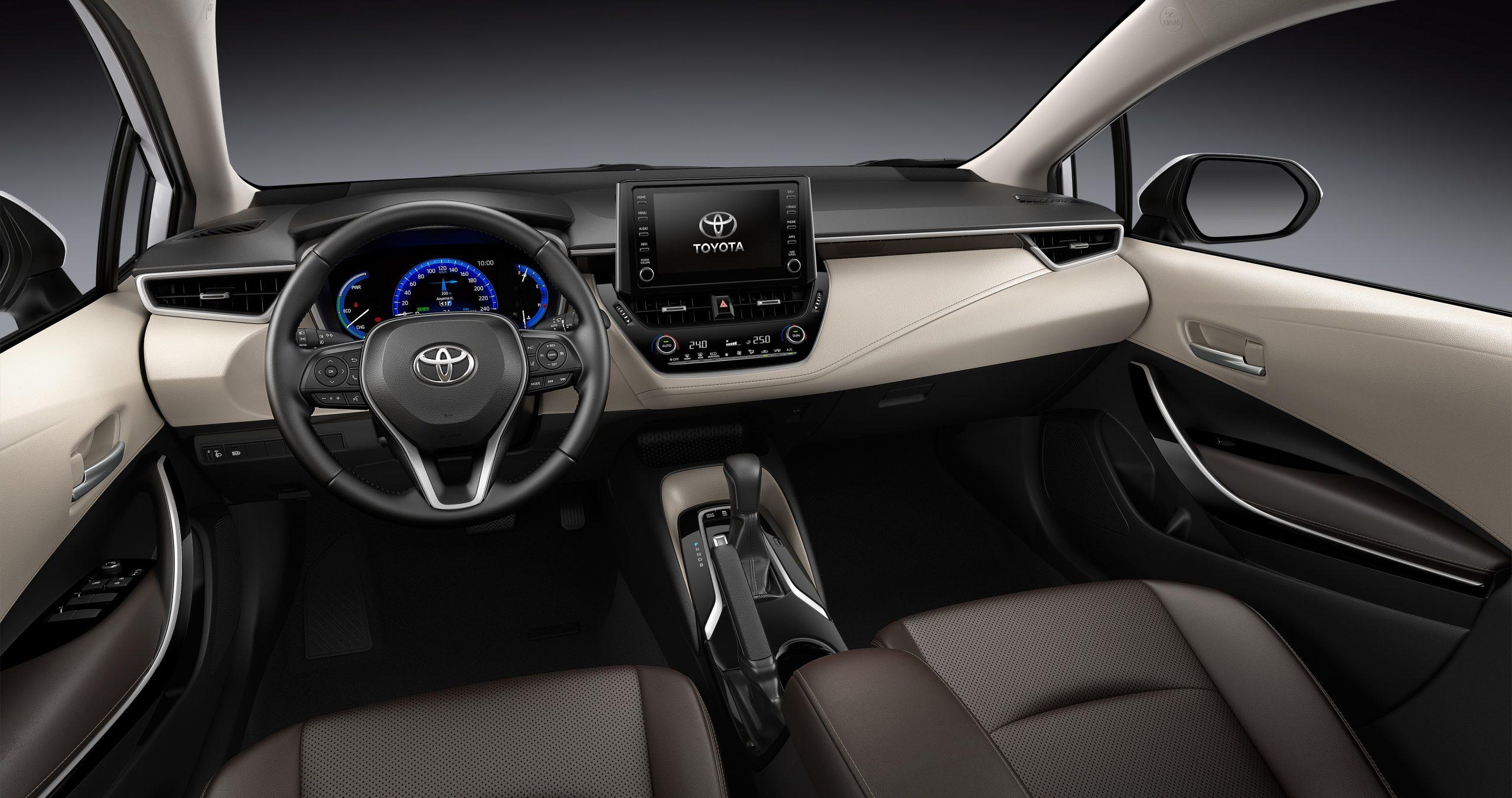 Corolla interior