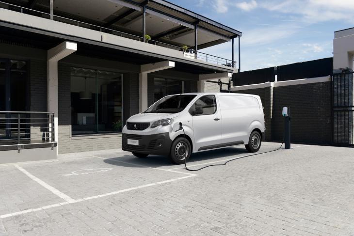 Peugeot e-Expert elétrica